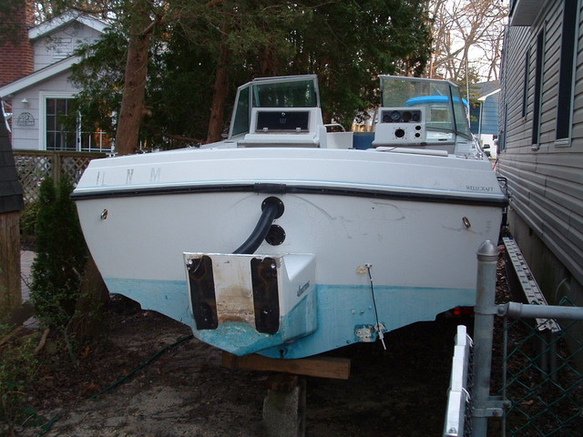Now this is why I love this boat! Full transom, but an outboard! Best of both worlds!
